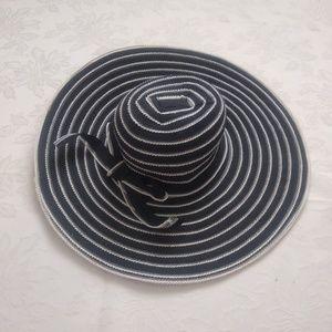 Accessories - Floppy crochet stripe hat wide brim with bow